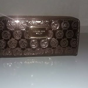 Michael Kors Mono Metallic Wallet